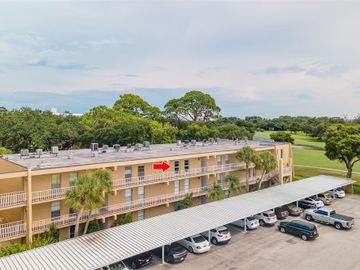 225 COUNTRY CLUB DRIVE #D339, Largo, FL, 33771,