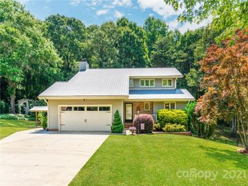 105 Springwood Lane, Stanley, NC, 28164,