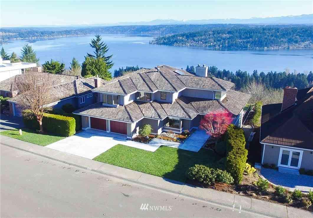 4606 177th Avenue SE, Bellevue, WA, 98006,