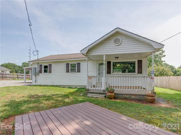 243 Old Speedway Drive, Concord, NC, 28027,