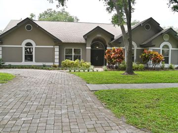 12377 OAKS LANE, Seminole, FL, 33772,