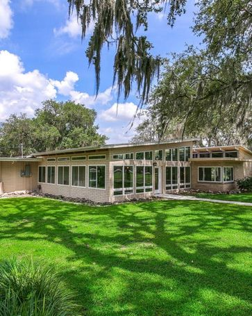201 BANNOCKBURN AVENUE Temple Terrace, FL, 33617