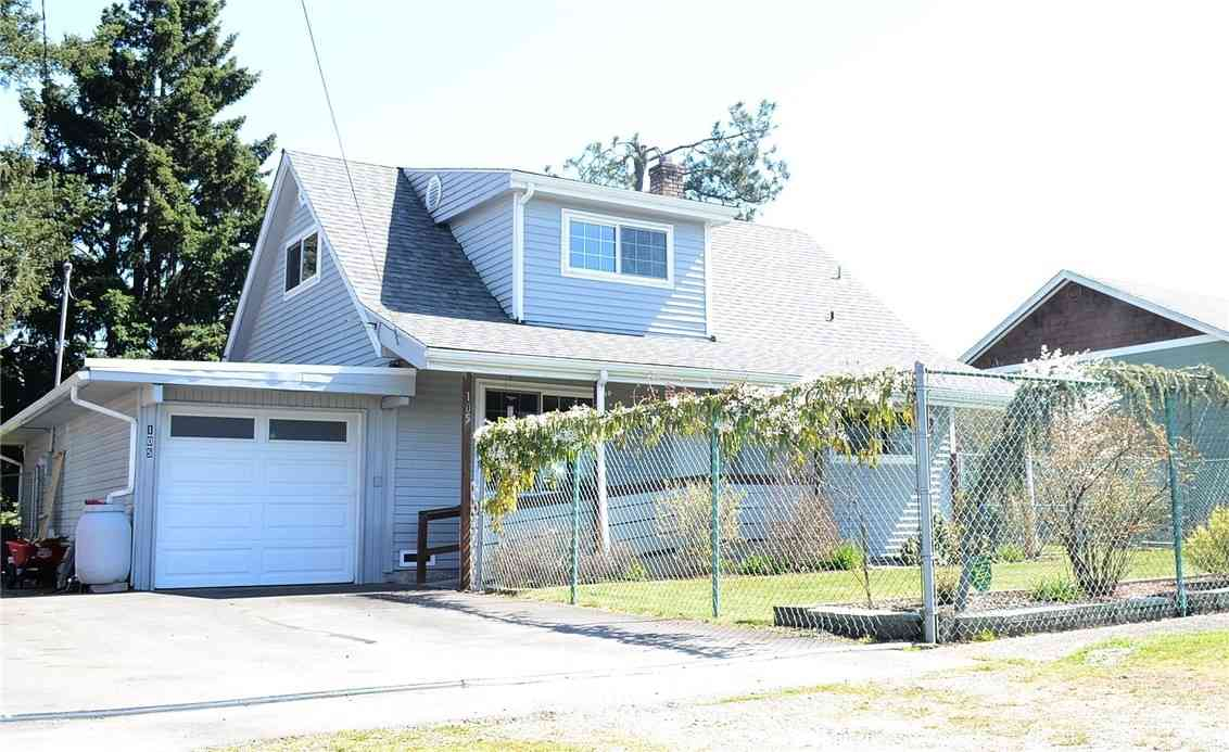 105 Eastgate Avenue S, Pacific, WA, 98047,
