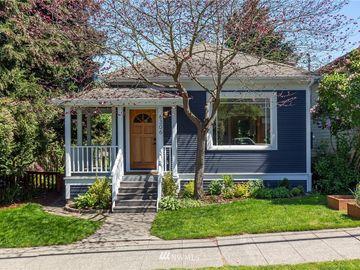 6306 5th Avenue NE, Seattle, WA, 98115,
