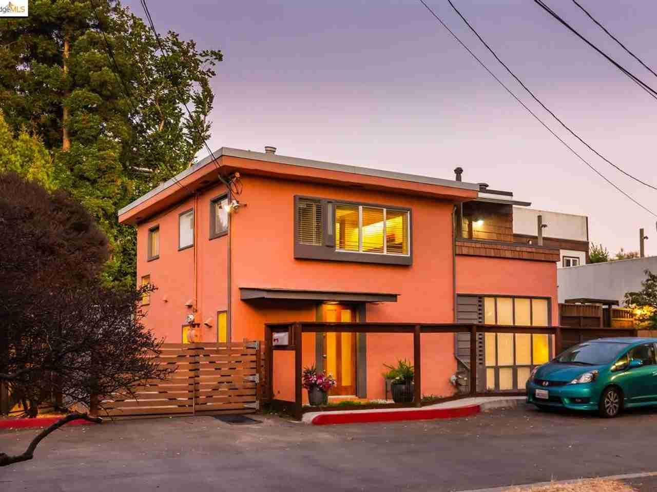 2111 West St Berkeley, CA, 94702