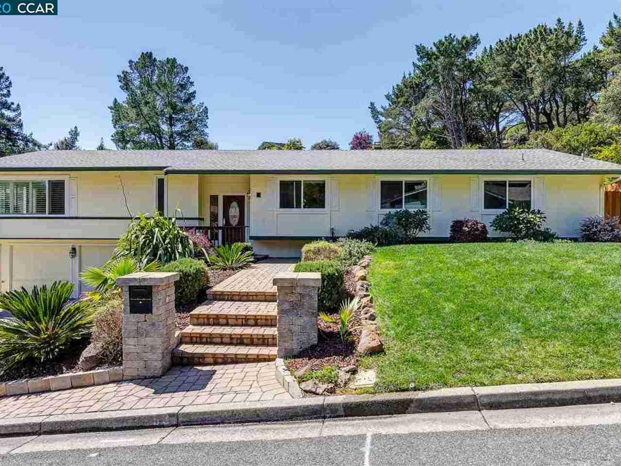 63 Ashbrook Pl Moraga, CA, 94556
