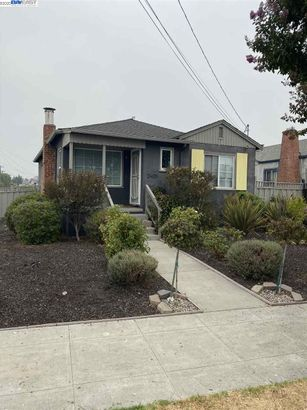 2401 106th Ave