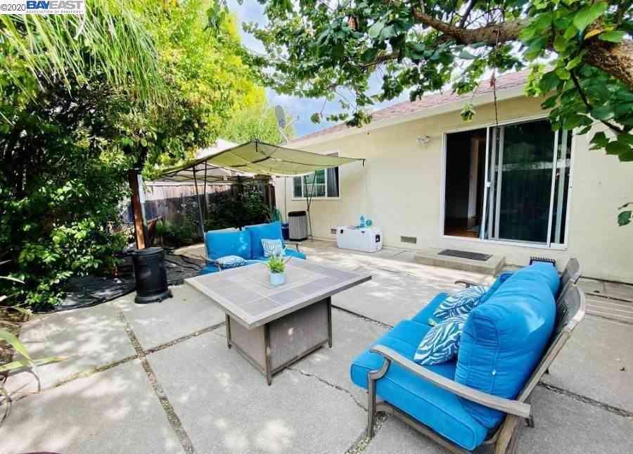 1624 Palm Ave, Redwood City, CA, 94061,