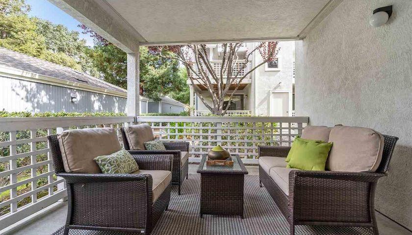 Gray, Living Room, 2594 Oak Rd #162 Walnut Creek, CA, 94597