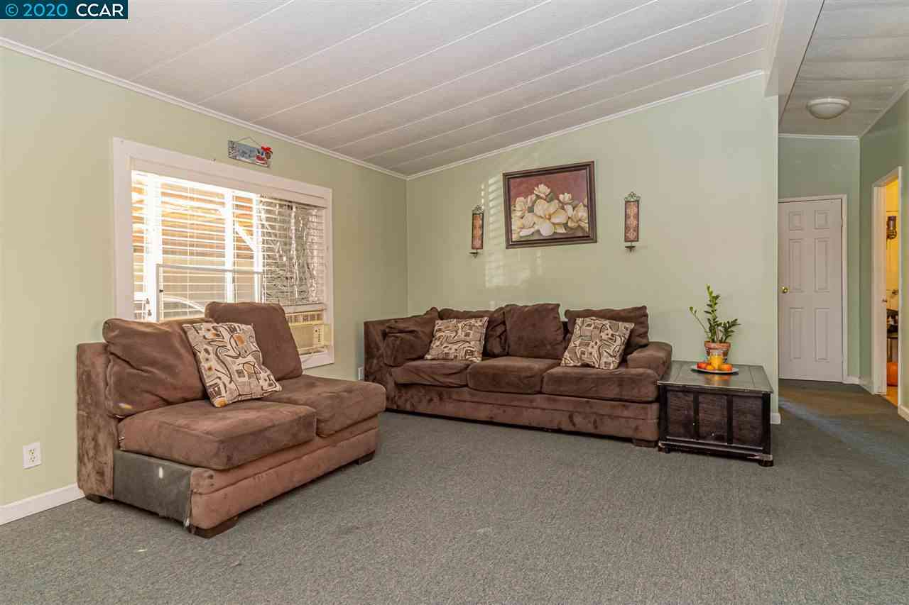 Sunny Living Room, 1325 97Th Ave, Oakland, CA, 94603,