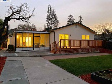 497 Sunnyoaks Ave, Campbell, CA, 95008,