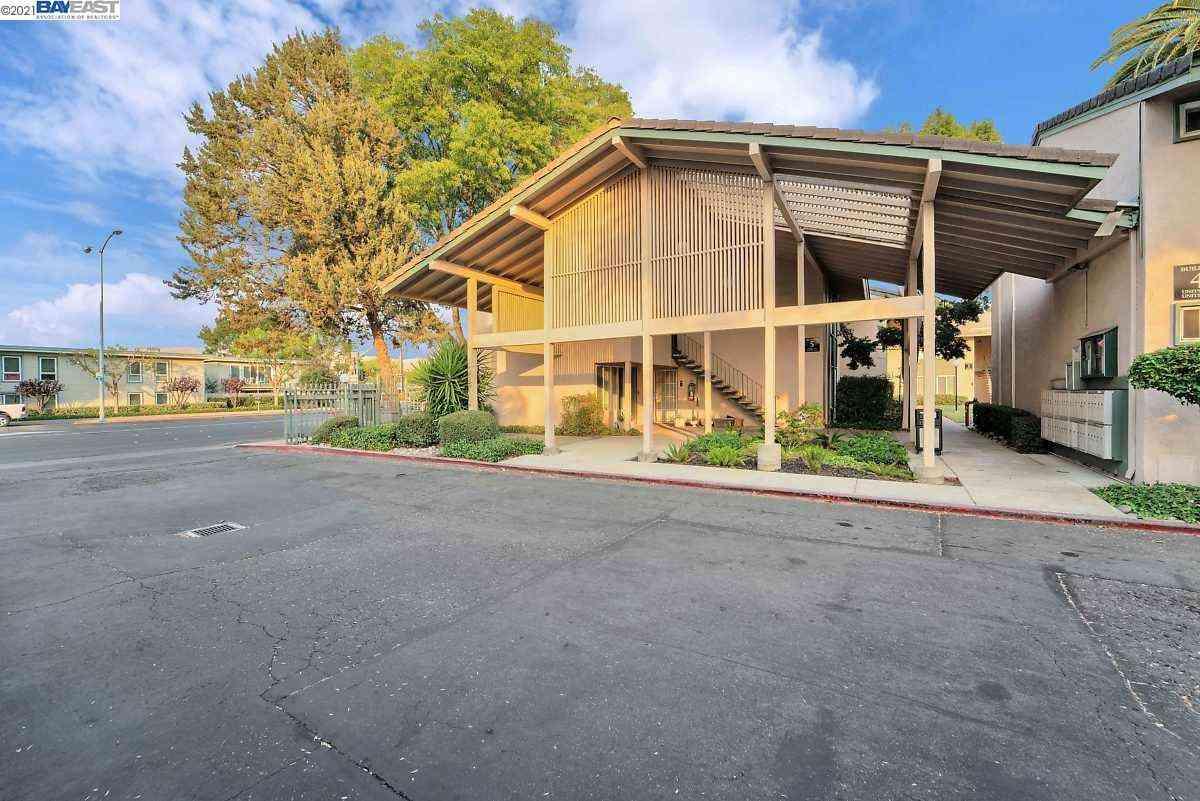 4888 Clayton Road #33, Concord, CA, 94521,