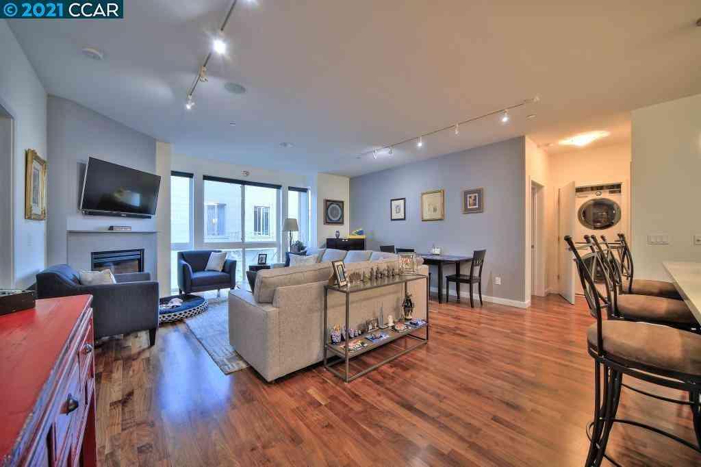 Sunny Living Room, 238 Olive St #402, San Francisco, CA, 94109,