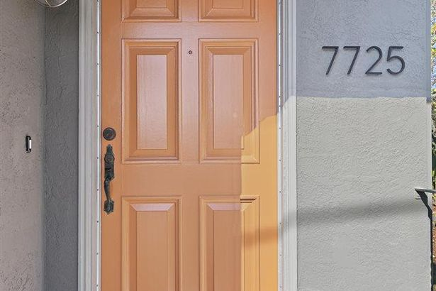 7725 Lynn Ave