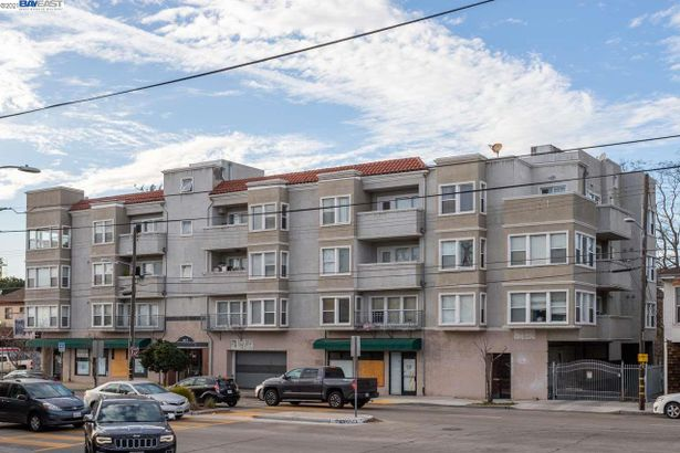 1515 14Th Ave #406