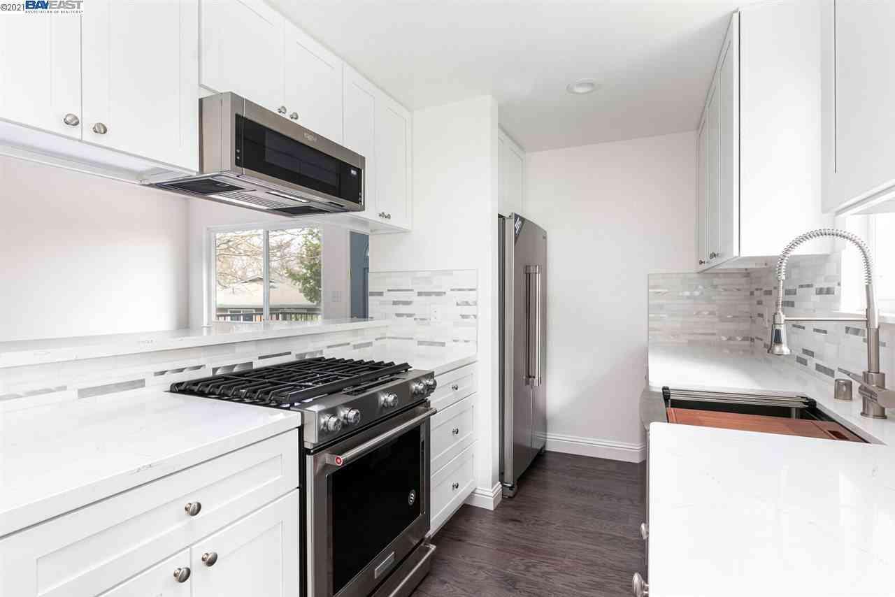 Kitchen, 2305 Foothill Rd #4, Pleasanton, CA, 94588,