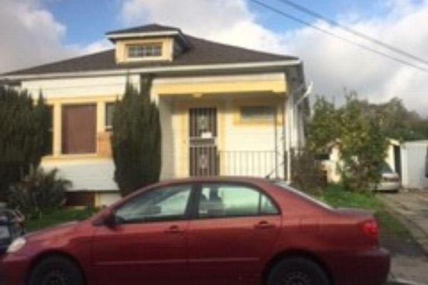 11060 Apricot Street