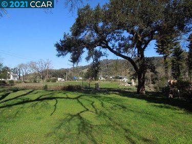 4290 Wallace Rd., Santa Rosa, CA, 95404,