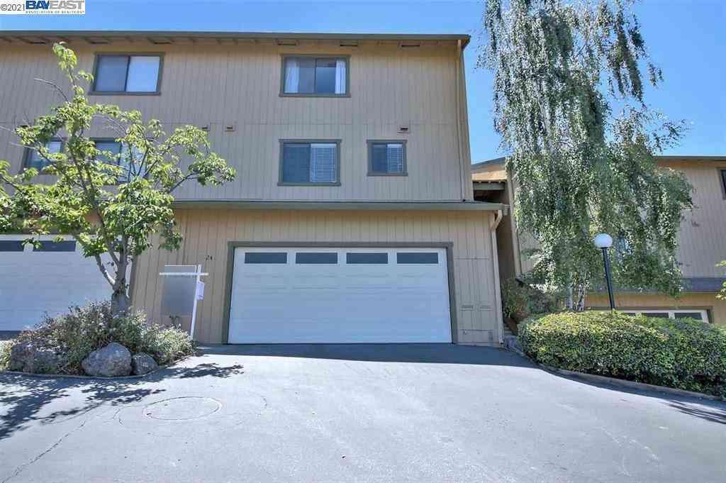 20111 West Ridge Court #24, Castro Valley, CA, 94546,