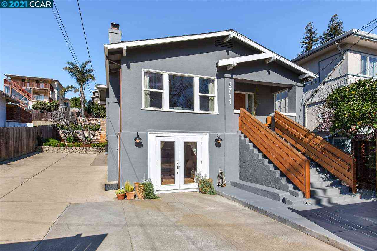 3711 Coolidge Ave, Oakland, CA, 94602,