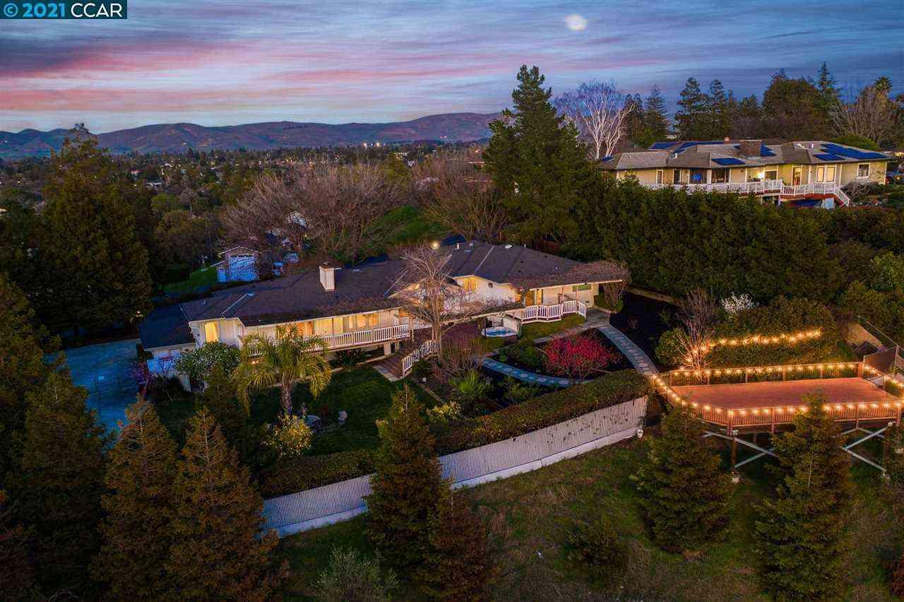 830 Ridge Dr, Concord, CA, 94518,