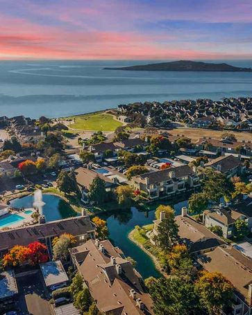5 Lakeshore Ct Richmond, CA, 94804