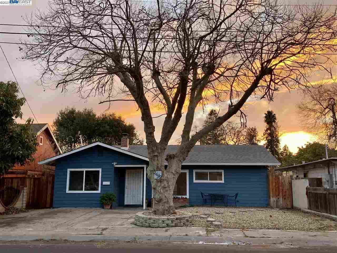 Undisclosed Address, Hayward, CA, 94544,