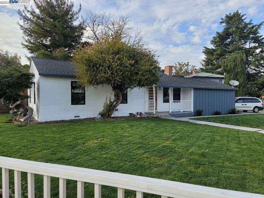 1215 North Bascom, San Jose, CA, 95118,
