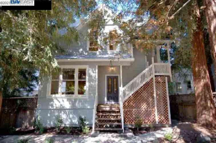 1622 Oxford St #B, Berkeley, CA, 94709,