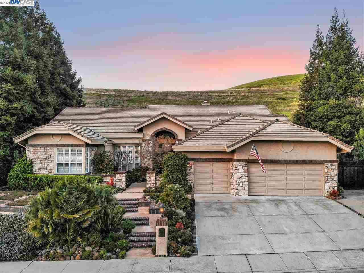 135 Alta Vista Way, Danville, CA, 94506,