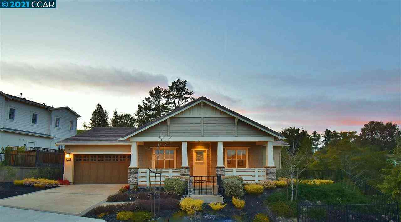 209 Willowbrook Lane, Moraga, CA, 94556,
