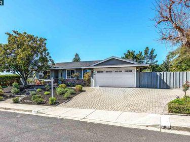 192 Calle La Mesa, Moraga, CA, 94556,
