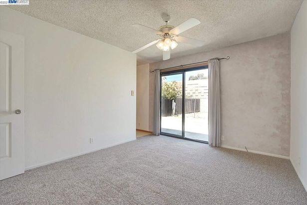 1216 Buchanan Rd