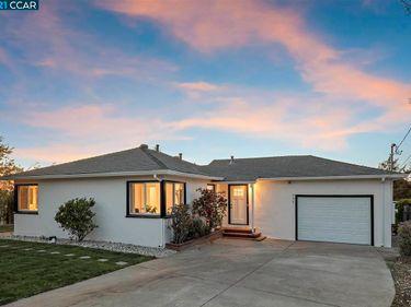 990 Manor Rd, El Sobrante, CA, 94803,
