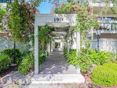 190 Cleaveland Rd #20, Pleasant Hill, CA, 94523,