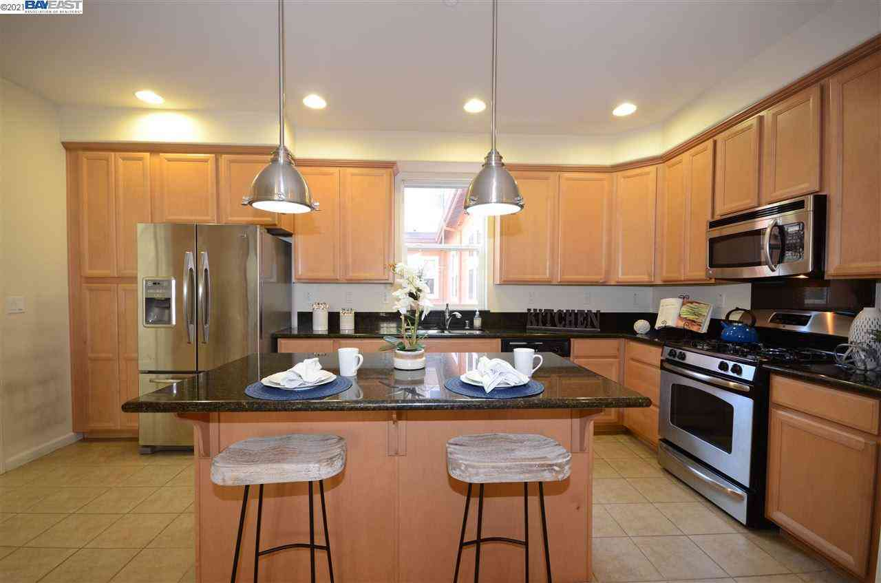 1272 Martin Luther King Dr, Hayward, CA, 94541,
