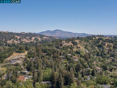 1207 Upper Happy Valley Rd, Lafayette, CA, 94549,