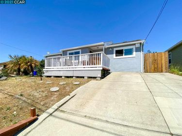 958 Saint Andrews Dr, El Sobrante, CA, 94803,