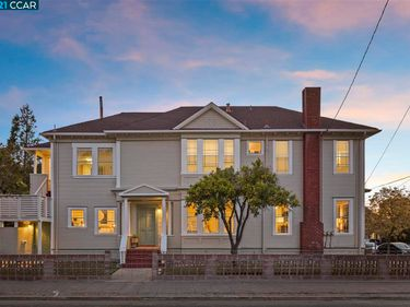 2240 Ward St, Berkeley, CA, 94705,