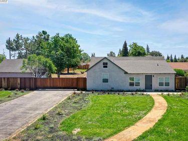 2300 Woodland Ave, Modesto, CA, 95358,