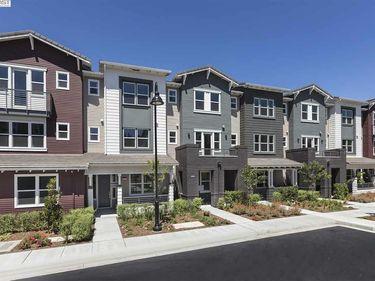 108 Hacienda Ln, Mountain View, CA, 94040,