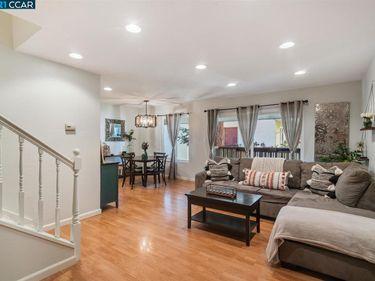 2700 Oak Rd #25, Walnut Creek, CA, 94597,