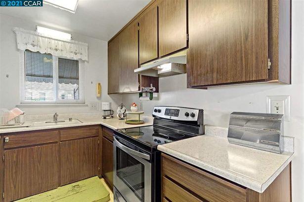 1477 156th Avenue