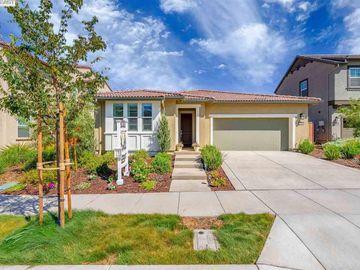 2524 Luna Ave, Tracy, CA, 95377,
