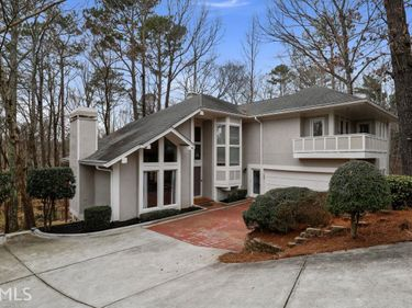 8180 Overview Ct, Roswell, GA, 30076,