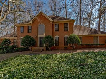 5035 Willow Bluff Dr, Sandy Springs, GA, 30350,