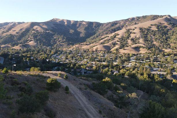 1501 Lucas Valley Road