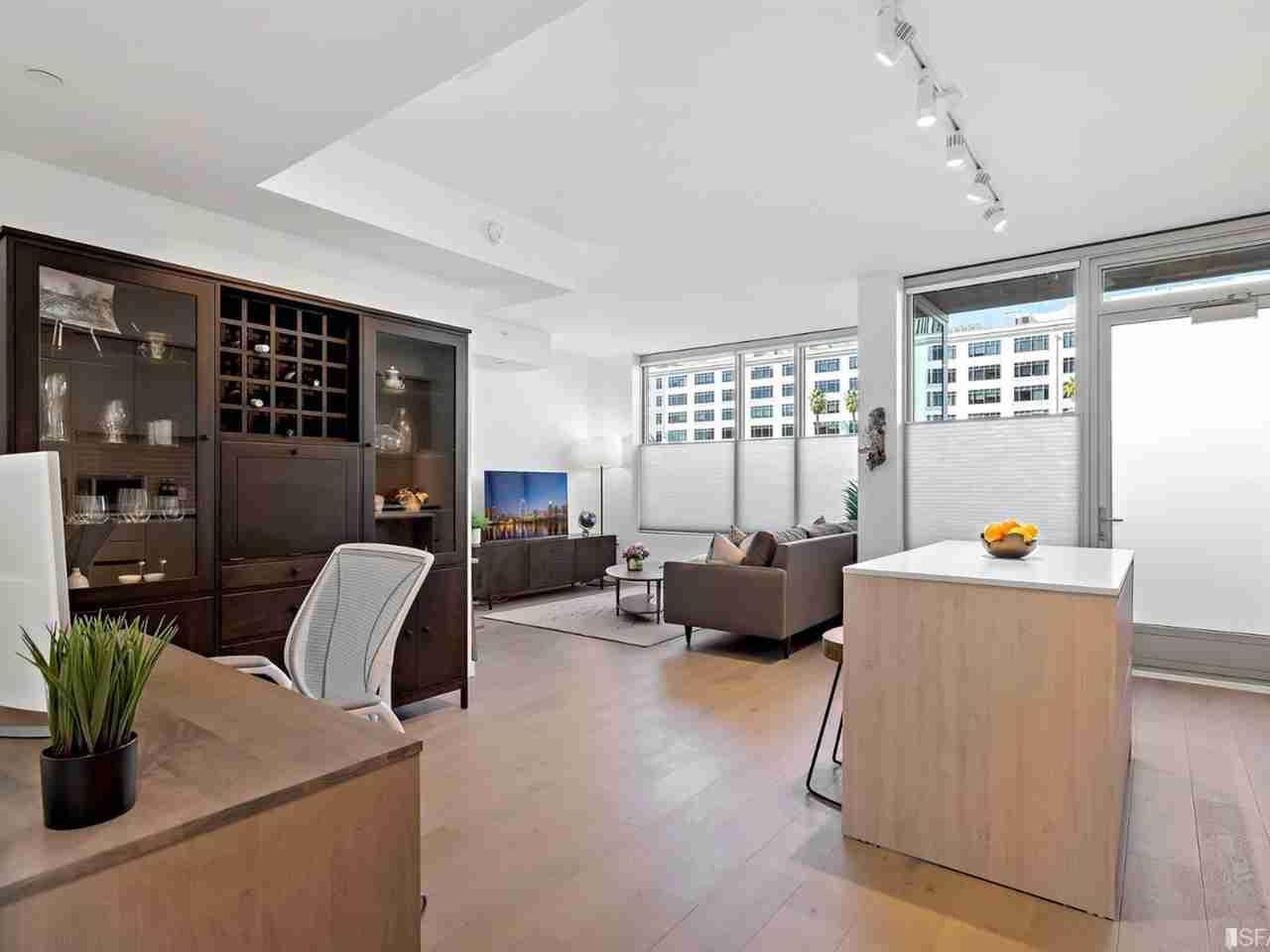 Living Room, 1000 3rd Street #102 San Francisco, CA, 94158