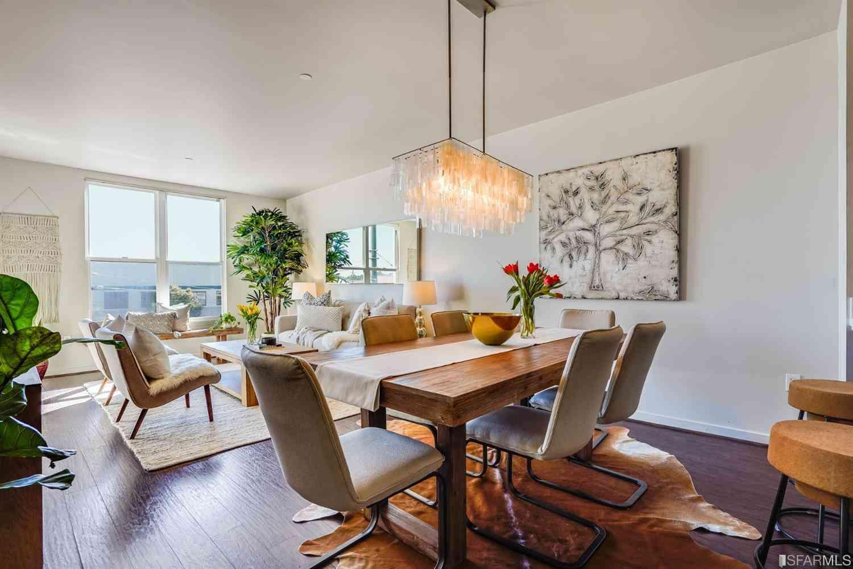 Sunny Living Room, 5900 3rd Street #2215, San Francisco, CA, 94124,