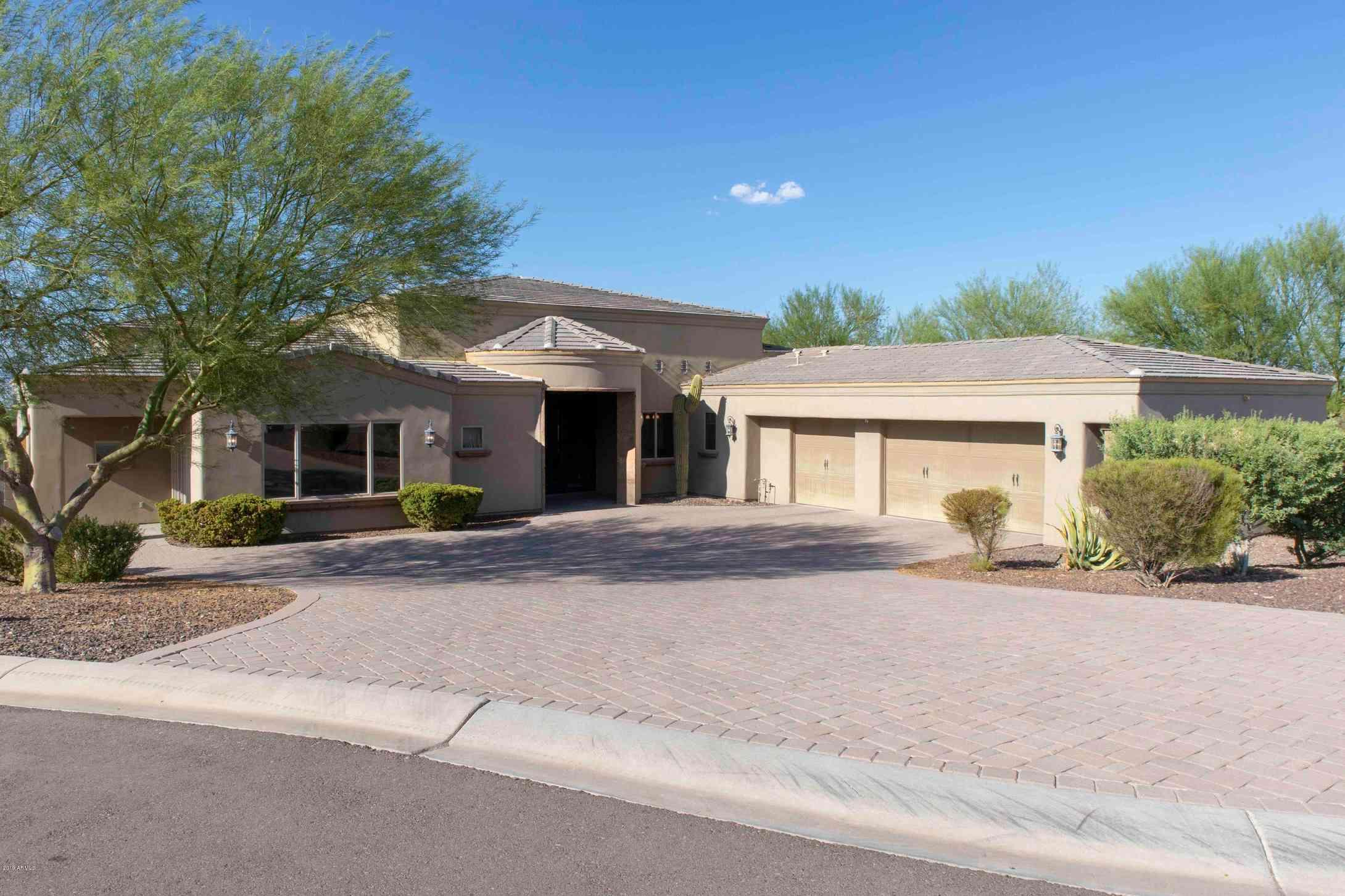 1902 W STEINWAY Drive, Phoenix, AZ, 85041,